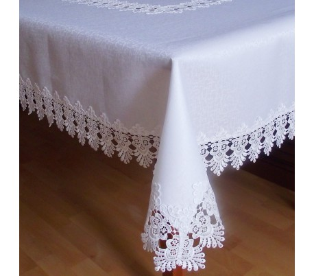 Tablecloth with lace